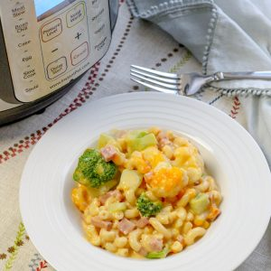 Instant Pot Macaroni and Cheese with Broccoli Cauliflower Ham