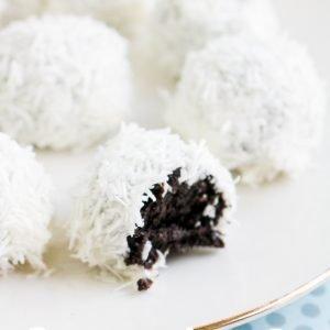 Snowball Oreo Truffles
